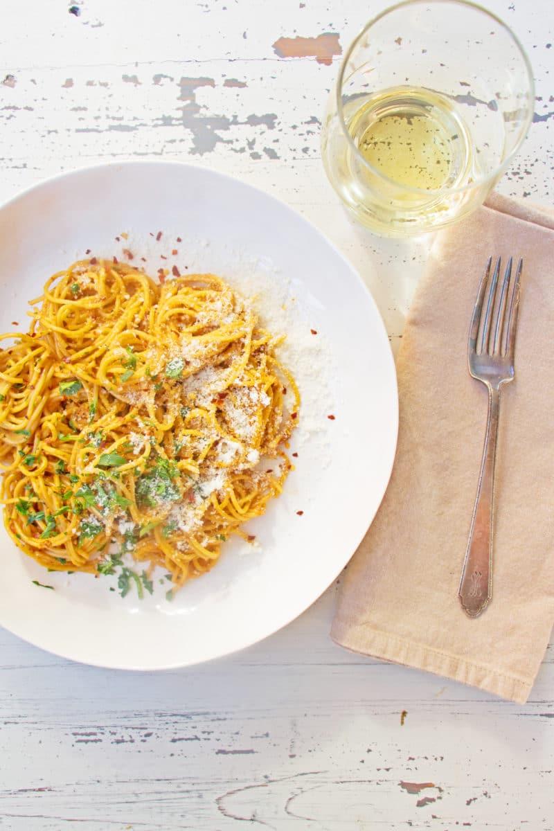 Pasta with Creamy Sundried Tomato and Scallion Sauce / Mandy Maxwell / Katie Workman / themom100.com