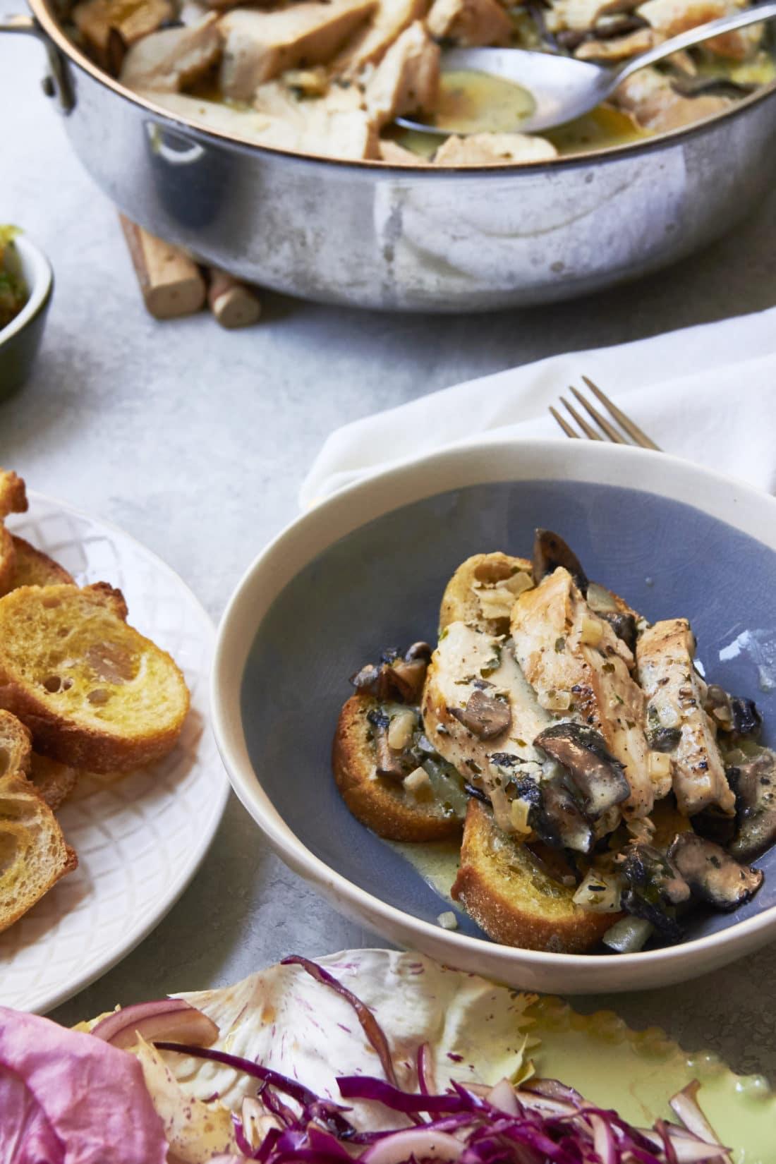 Chicken with Mushrooms in Cream Sauce
