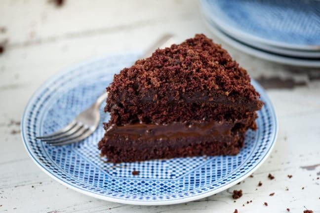 Ebinger's Blackout Cake / Cheyenne Cohen / Katie Workman / themom100.com