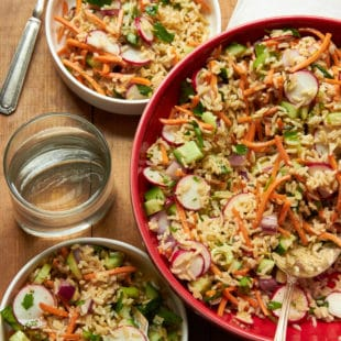 Vegetable and Brown Rice Salad with Honey Lemon Dressing / Mia / Katie Workman / themom100.com