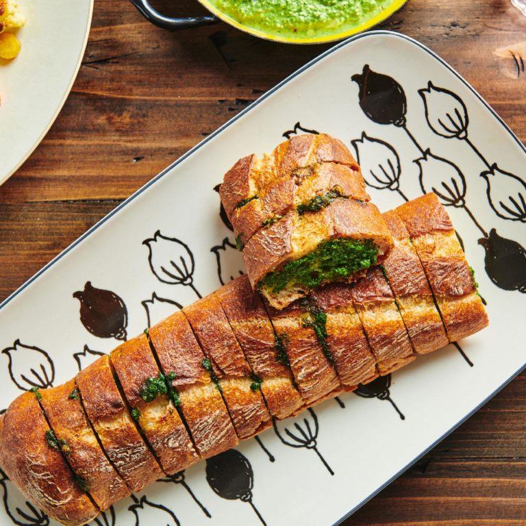 Spinach Parsley Pesto Garlic Bread