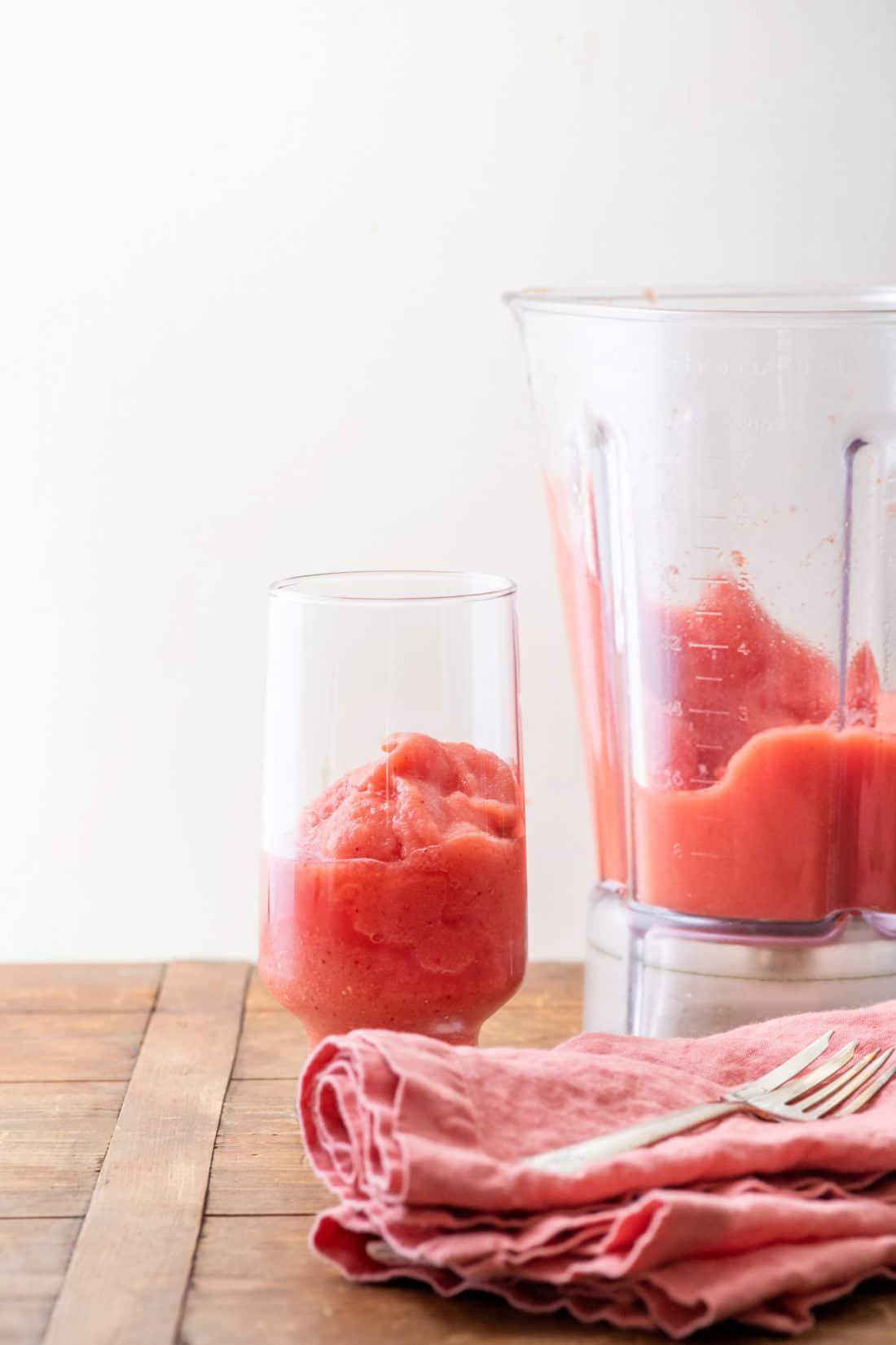 Watermelon Strawberry Smoothie / Photo by Cheyenne Cohen / Katie Workman / themom100.com