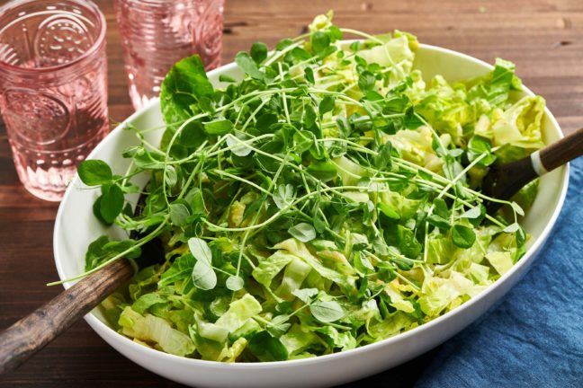 Crunchy Mixed Green Salad