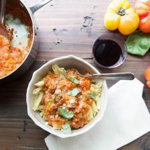 Pasta with Fresh Heirloom Tomato Sauce / Photo by Kerri Brewer / Katie Workman / themom100.com