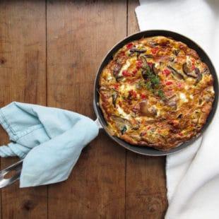 Pepper, Onion, Mushroom and Feta Frittata / Lucy Beni / Katie Workman / themom100.com