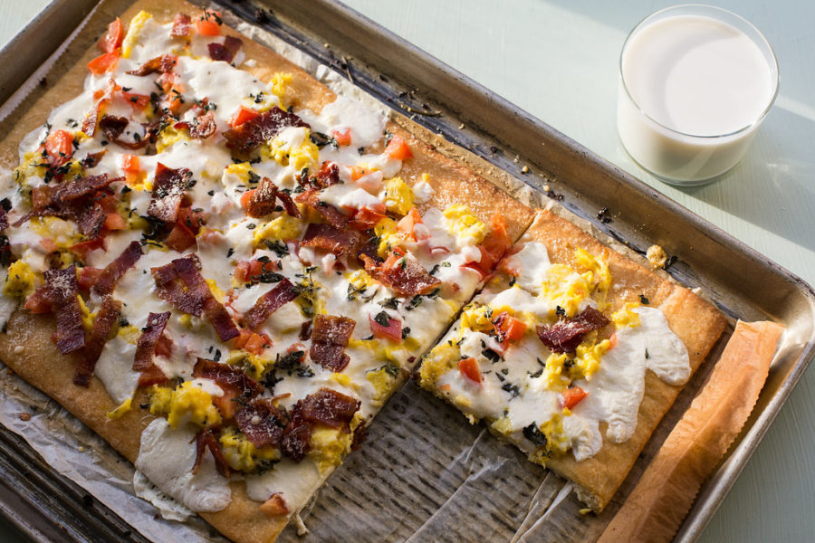 Bacon and Egg Breakfast Pizza / Sarah Crowder / Katie Workman / themom100.com
