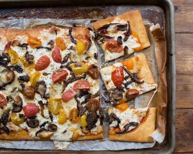 Mushroom, Mozzarella, and Cherry Tomato Pizza / Sarah Crowder / Katie Workman / themom100.com