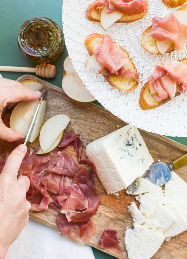 Prosciutto, Asian Pear and Blue Cheese Crostini / Sarah Crowder / Katie Workman / themom100.com