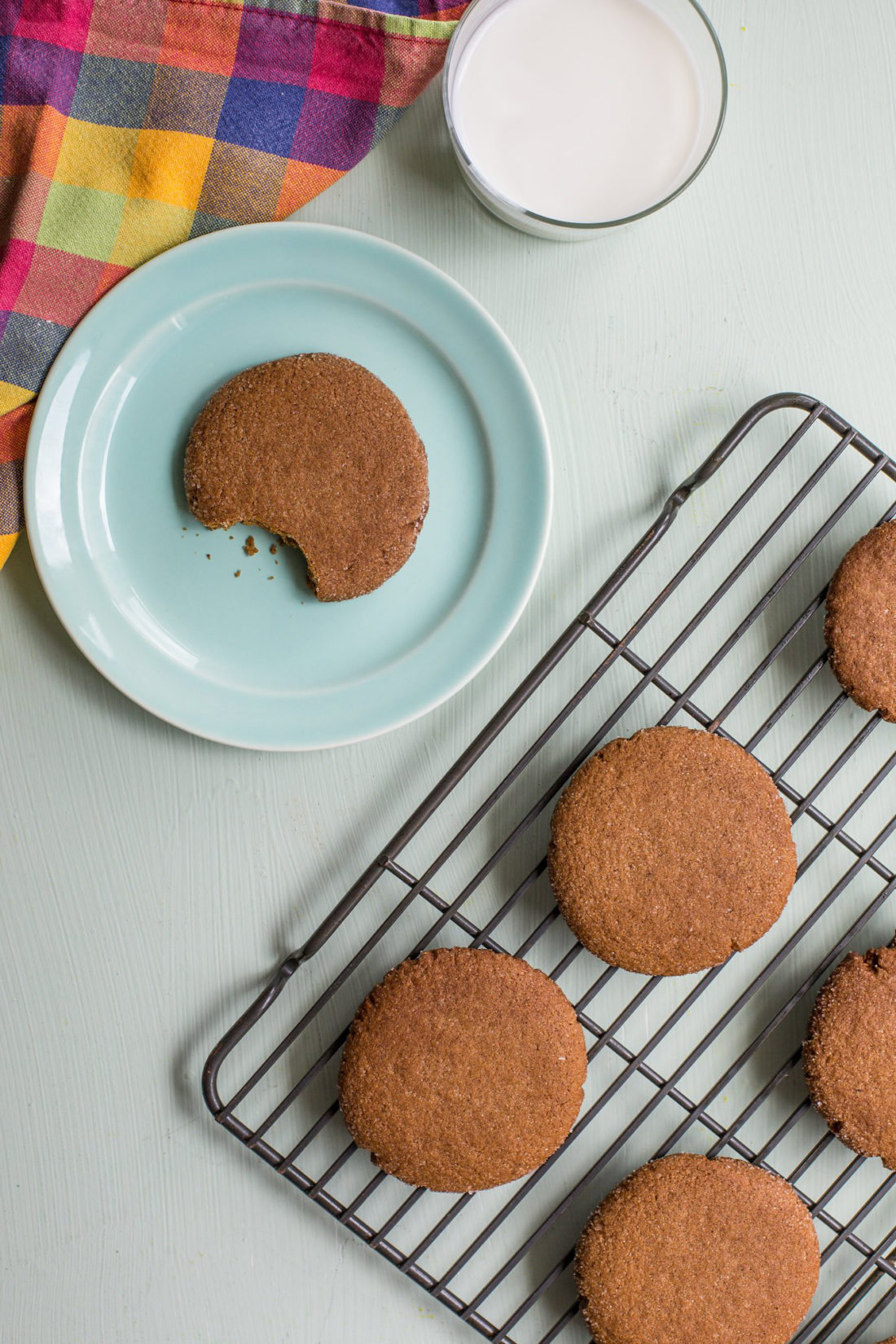 Chewy Molasses Cookies