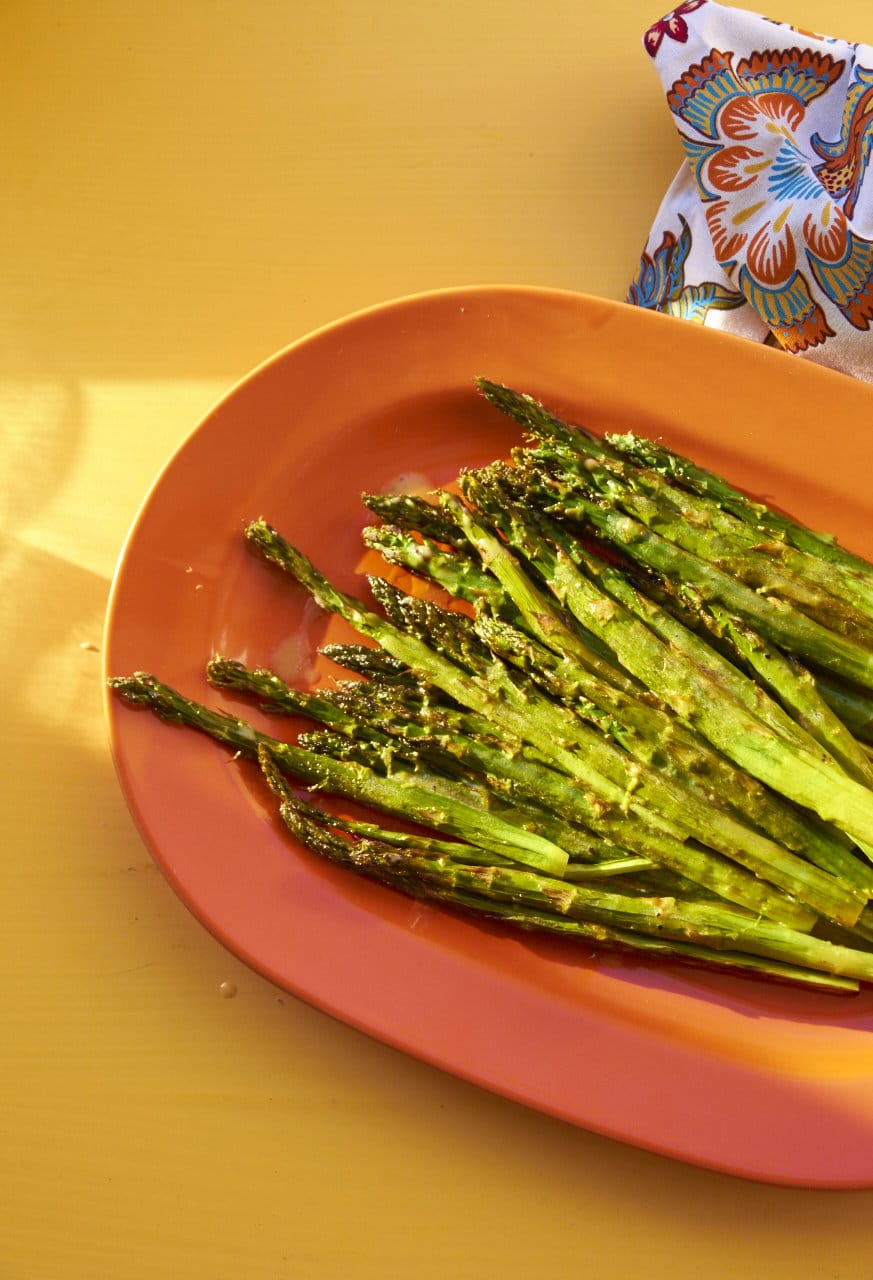 Roasted Asparagus with Creamy Lemon Dressing / Katie Workman / themom100.com