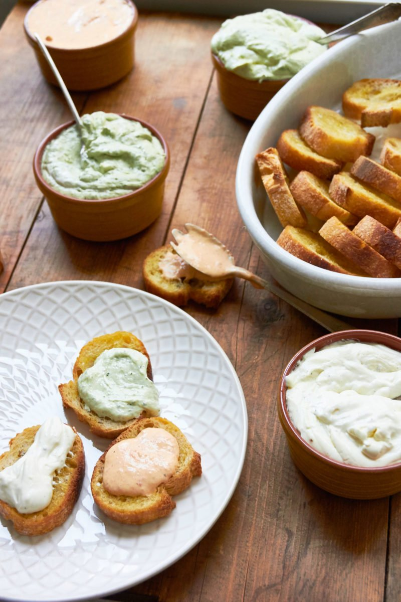Perfect Whipped Fresh Ricotta / Mia / Katie Workman / themom100.com