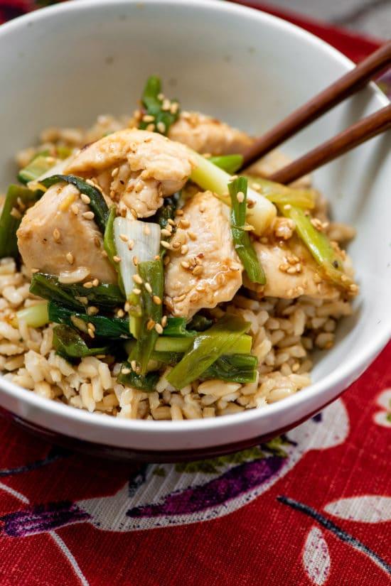 Best Chicken Stir Fry Recipe / Katie Workman / themom100.com / Photo by Cheyenne Cohen