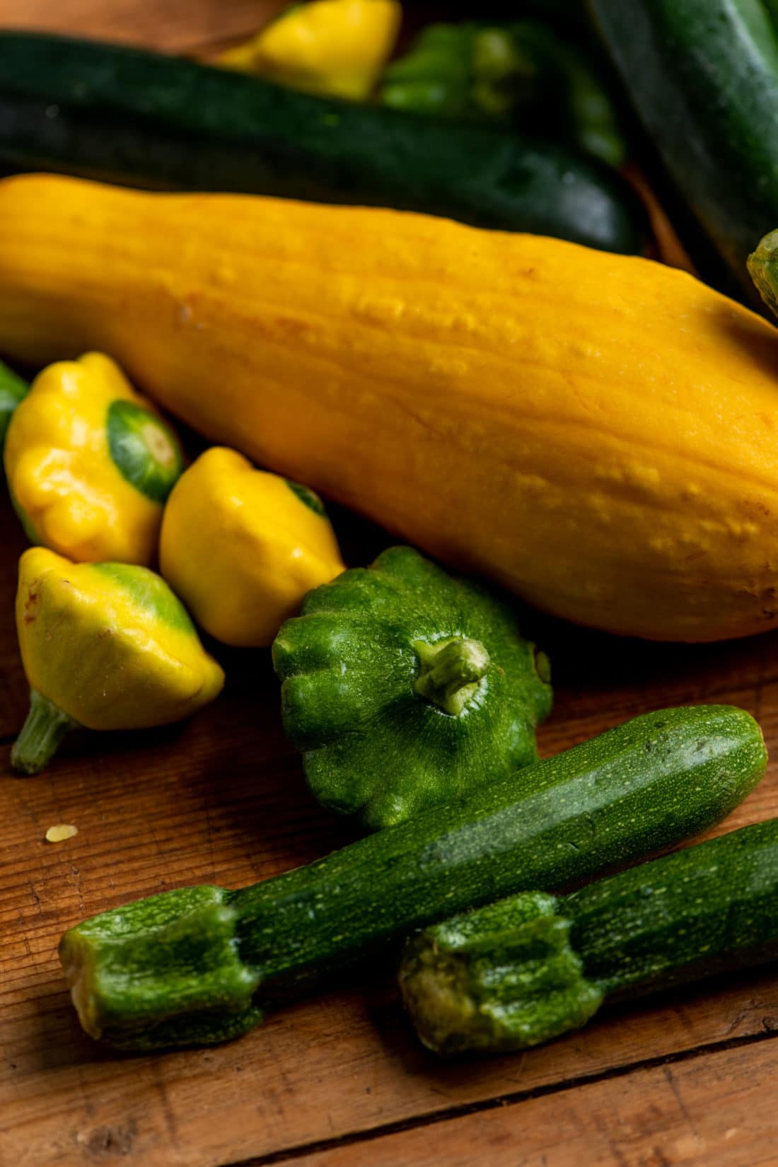 How Do I Store Summer Squash and Zucchini? / Katie Workman / themom100.com / Photo by Cheyenne Cohen
