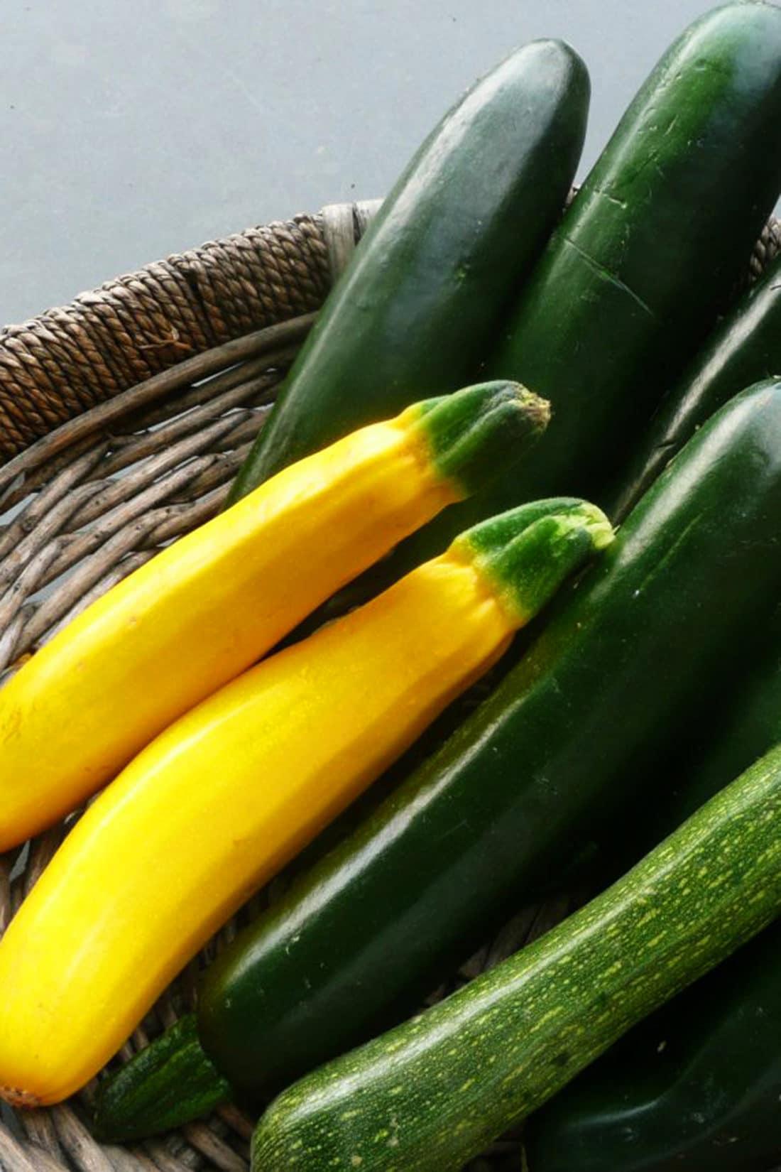 What Do Summer Squash and Zucchini Taste Like? / Katie Workman / themom100.com