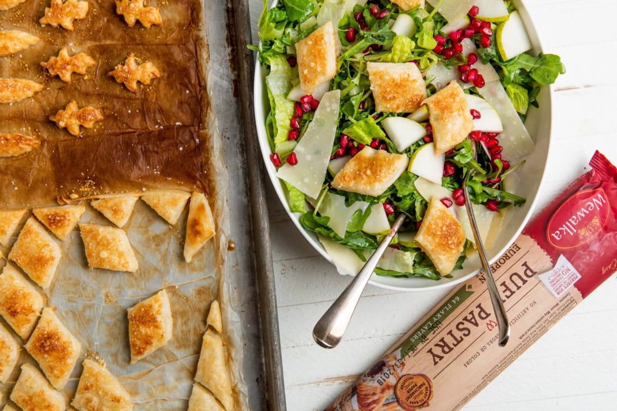 Christmas Salad with Pomegranate / Katie Workman / themom100.com / Photo by Cheyenne Cohen