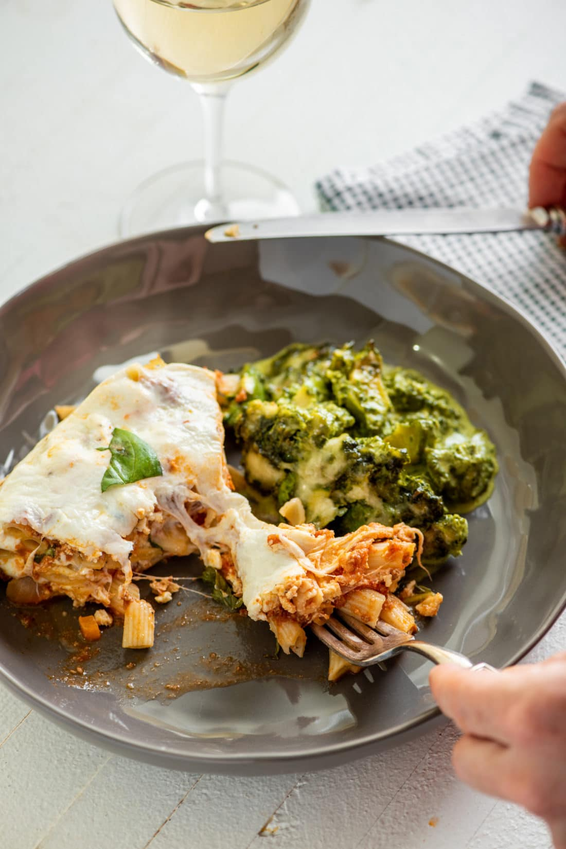 """Instant Pot Ziti """"Lasagna"""" with Bolognese Sauce / Katie Workman / themom100.com / Photo by Cheyenne Cohen"""