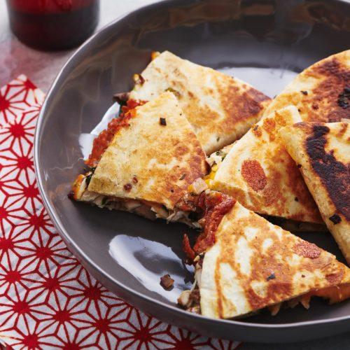 Chicken Onion And Mushroom Quesadillas Recipe The Mom 100