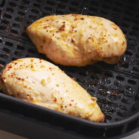 Lemon Garlic Air Fryer Chicken Breasts