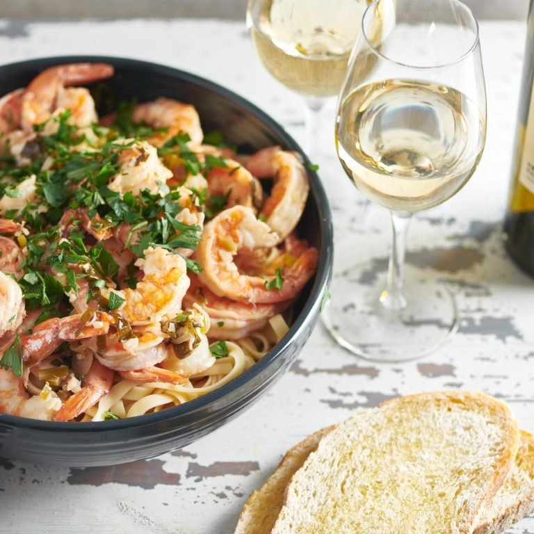 Saturday Supper #3: Shrimp Scampi Loves Pinot Grigio
