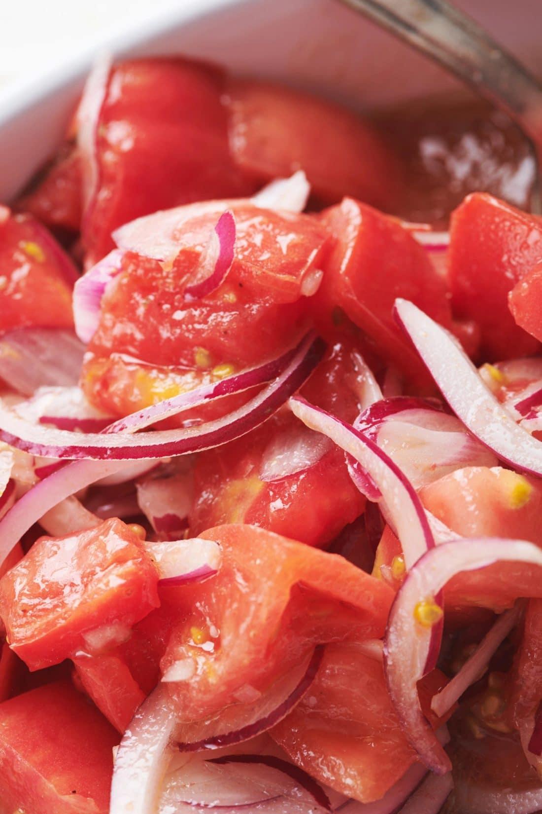 Steakhouse Tomato Salad