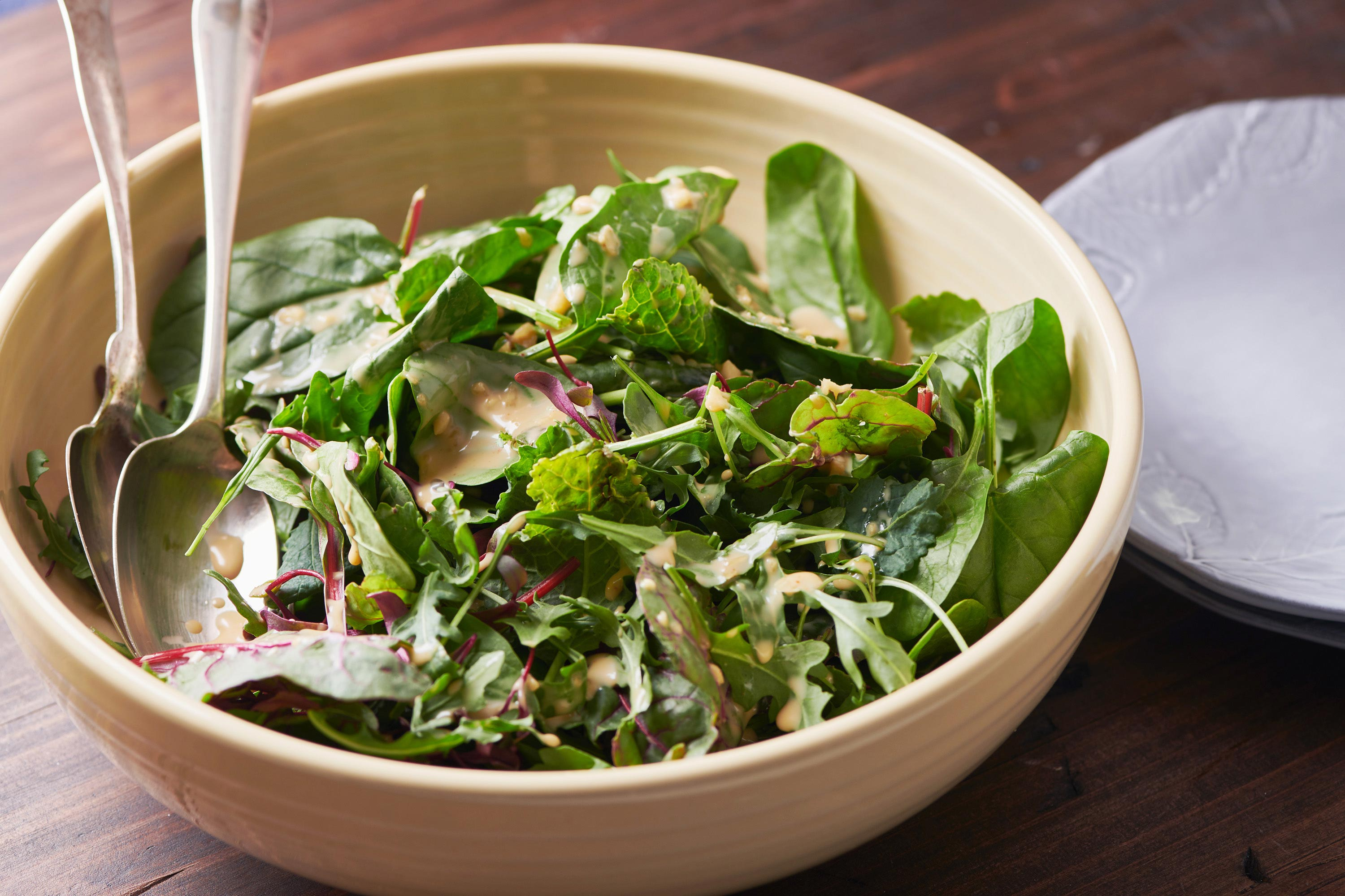 Mixed Green Salad With Creamy Sesame Dressing The Mom 100
