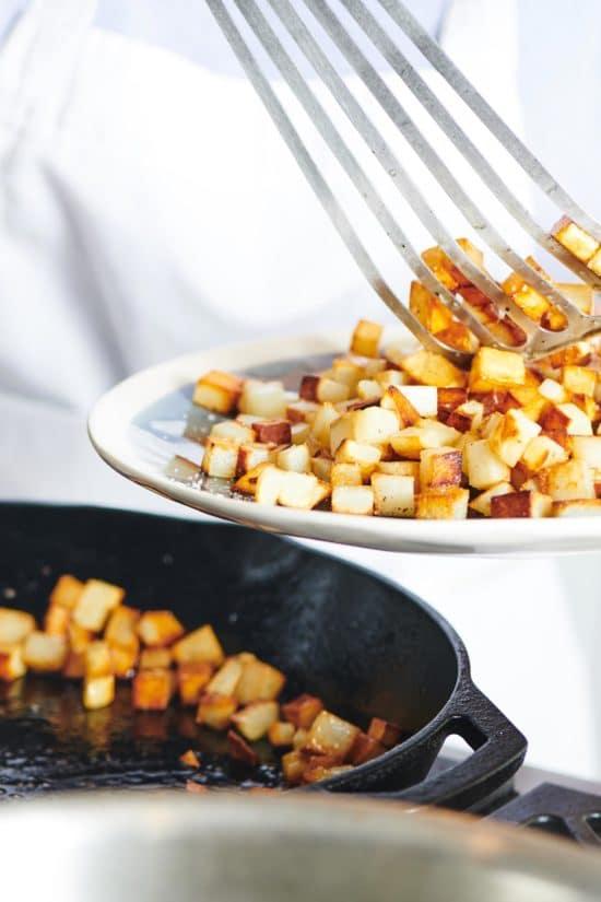 How to Make Crispy Sautéed Potatoes on the Stove