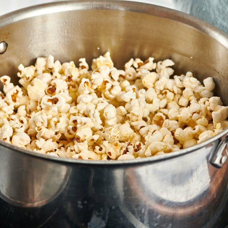 How to Make Perfect Popcorn on the Stove